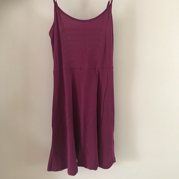 ⭐️4 for$20⭐️Garage Dress cutout back Size Small